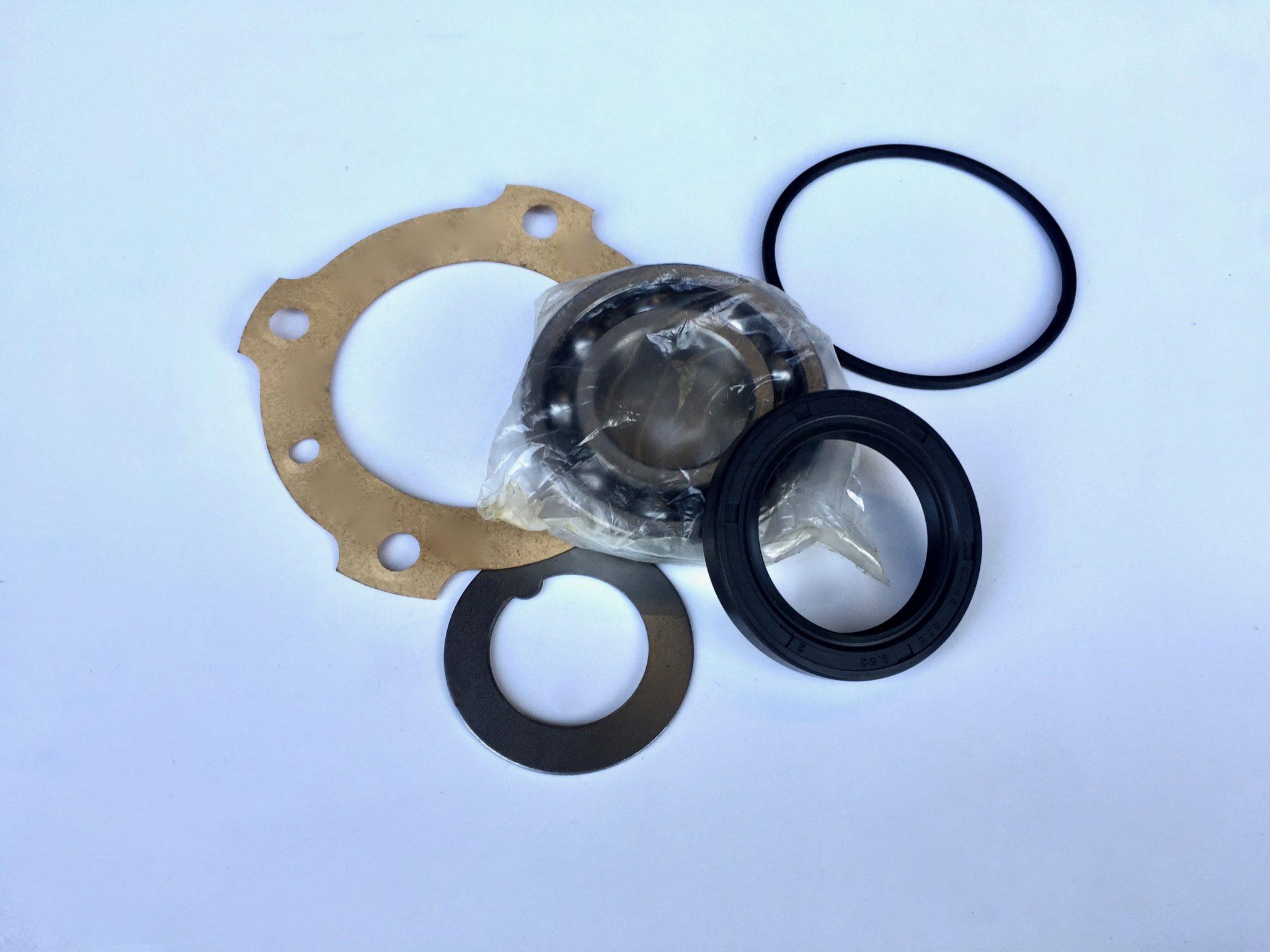 MG Midget and Austin Healey rear hub bearing and seal kit.