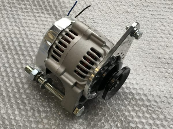 Lightweight MG Midget and Austin Healey Sprite performance alternator